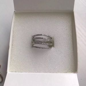 Stella and dot pave ring size 6